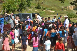Hope Lives Apparel Food Drop in El Rosario
