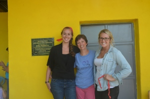 Without these 3 very special ladies this school would never have been built.  El Silencio is so remote, no one ever goes there.  But we do!